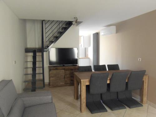 Maison PetiteRuche : Guest accommodation near Saint-Jean-de-Muzols