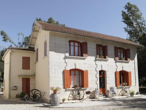 Moulins de la Vergne : Apartment near Jarnac-Champagne