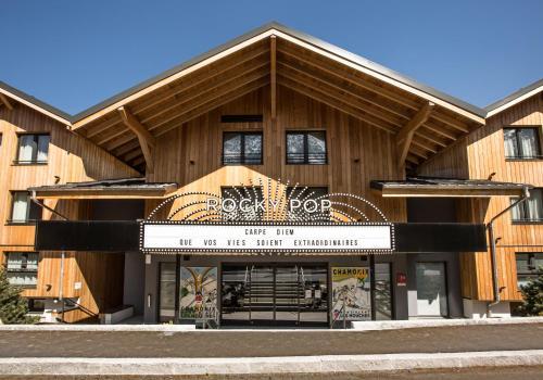 RockyPop Hotel (Portes de Chamonix) : Hotel near Les Houches
