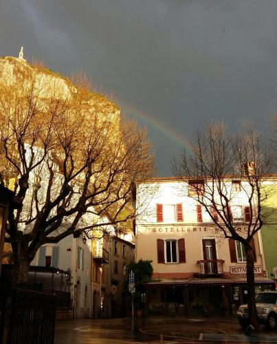 Hôtel du Roc : Hotel near Castellane