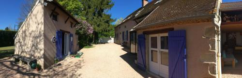 La Maison de Barbara : Guest accommodation near Mazerier