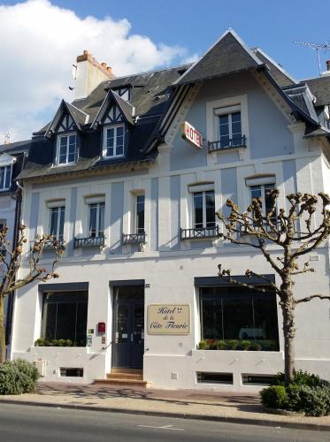 Hôtel de la Côte Fleurie : Hotel near Touques