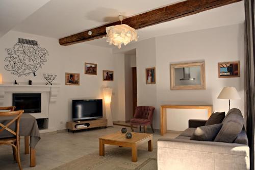 Maison dans Le Vieux Bourg : Apartment near Cagnes-sur-Mer