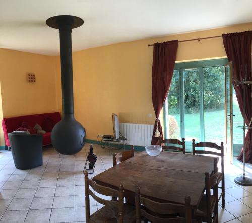 Gîte La Source-Château de Chambly : Guest accommodation near Le Heaulme