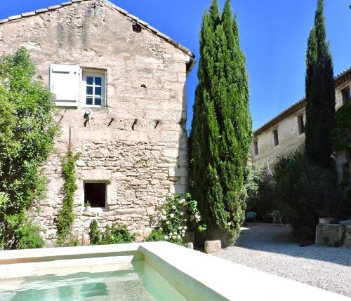 Les Ecuries des Chartreux : Apartment near Villeneuve-lès-Avignon