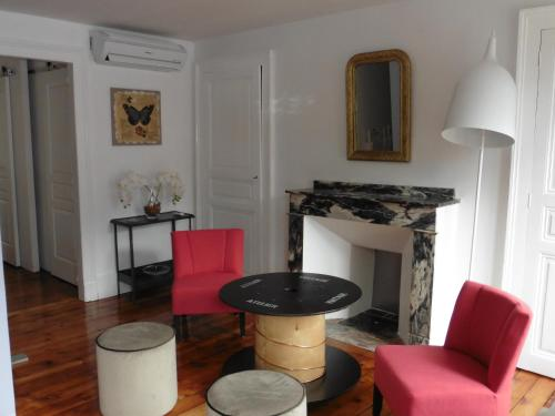 APPARTEMENT T2 4 PERSONNES : Apartment near Trébons-de-Luchon