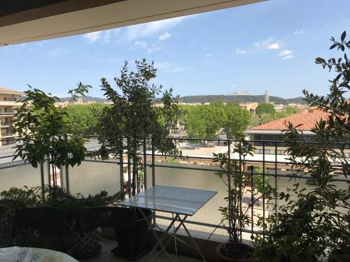 Aix YK : Apartment near Aix-en-Provence