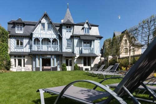 Villa Odette : Resort near Deauville