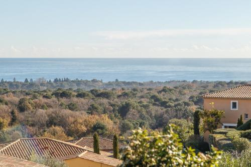 Villa Riviera : Guest accommodation near Biot