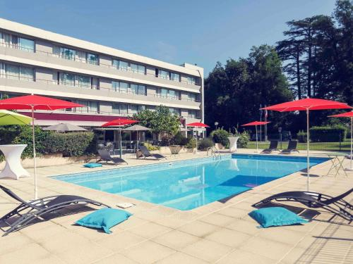 Mercure Brive : Hotel near Larche