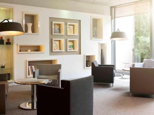 Novotel Cergy Pontoise : Hotel near Auvers-sur-Oise