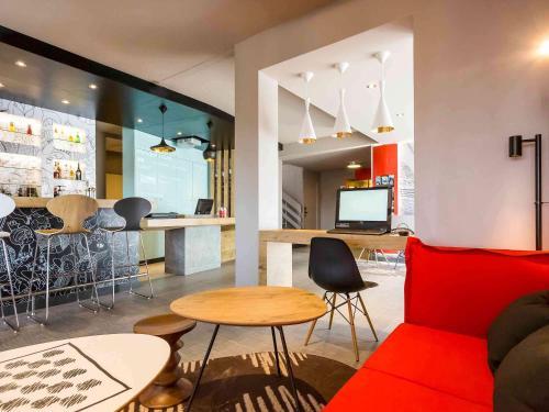 ibis Lorient Centre Hôtelier : Hotel near Hennebont