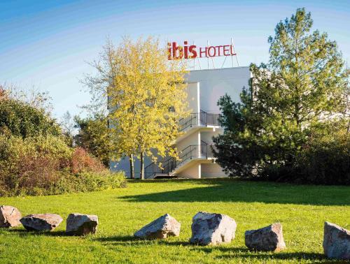 ibis Mulhouse Ile Napoleon : Hotel near Baldersheim