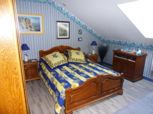 L Imperatrice : Bed and Breakfast near Waben