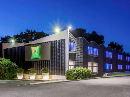 ibis Styles Lorient Caudan : Hotel near Pont-Scorff