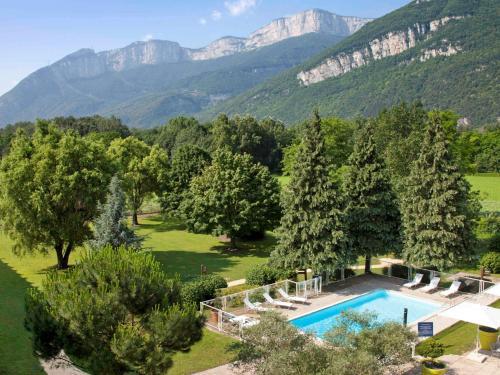 Novotel Grenoble Nord Voreppe : Hotel near Mont-Saint-Martin