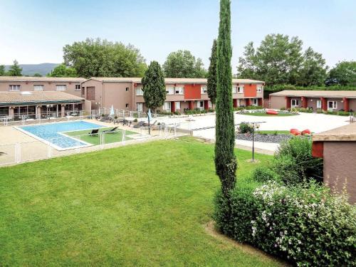 ibis Montélimar Nord : Hotel near Saint-Vincent-de-Barrès