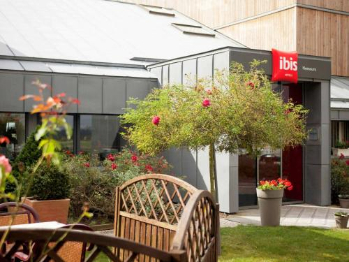 ibis Nemours : Hotel near Thoury-Férottes