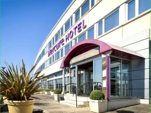 Mercure Saint Lô Centre : Hotel near Lozon