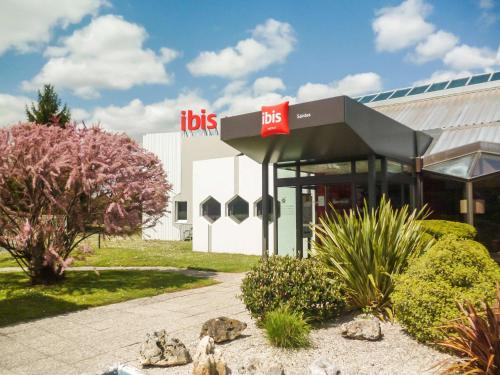 ibis Saintes : Hotel near Les Essards