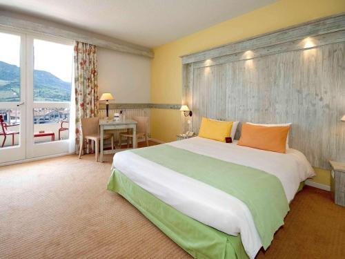 Mercure Millau : Hotel near La Roque-Sainte-Marguerite