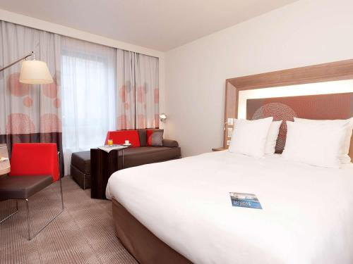 Novotel Paris Rueil Malmaison : Hotel near Croissy-sur-Seine