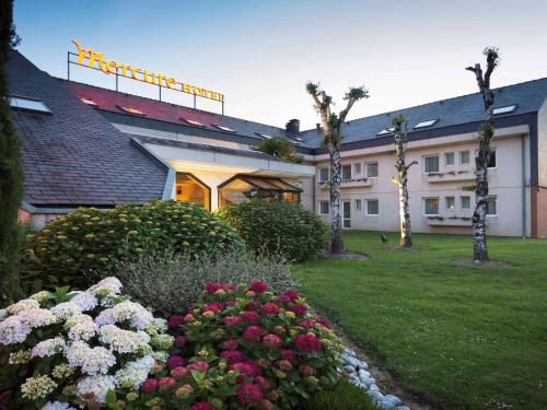 Hotel Mercure Lisieux : Hotel near Ouilly-du-Houley