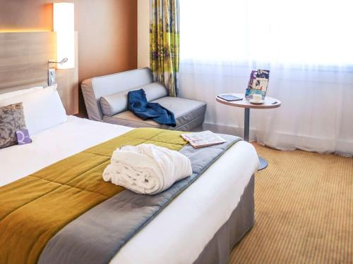Mercure Mâcon Bord de Saone : Hotel near La Salle