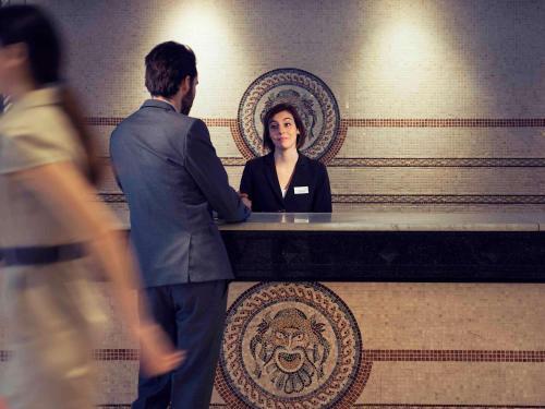 Mercure Lyon Centre Saxe Lafayette : Hotel near Lyon 3e Arrondissement