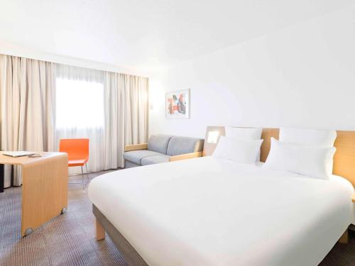 Novotel Lille Centre Gares : Hotel near Lezennes