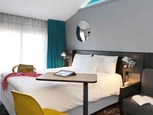 ibis Styles Roanne Centre Gare : Hotel near Mably