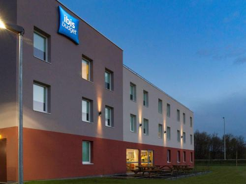 ibis budget Romorantin : Hotel near La Chapelle-Montmartin