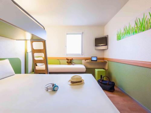 ibis budget Lyon Nord Dardilly : Hotel near Chazay-d'Azergues