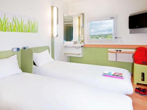 ibis budget Honfleur Centre : Hotel near La Rivière-Saint-Sauveur