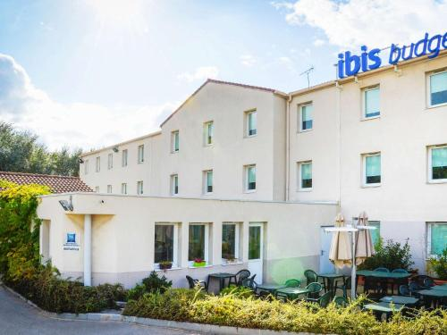 Ibis Budget Aix En Provence Est Sainte Victoire : Hotel near Châteauneuf-le-Rouge