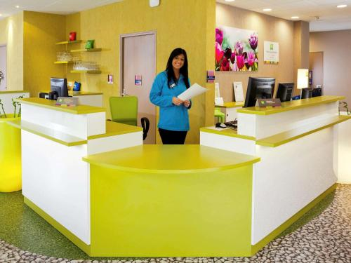 Ibis Styles Paris Saint Denis La Plaine : Hotel near Saint-Denis