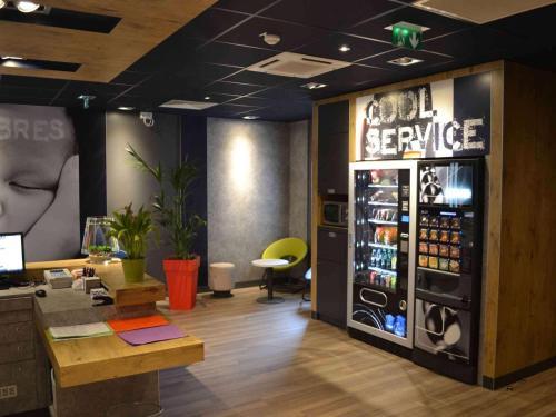 ibis budget Paris Porte de Vanves : Hotel near Châtillon