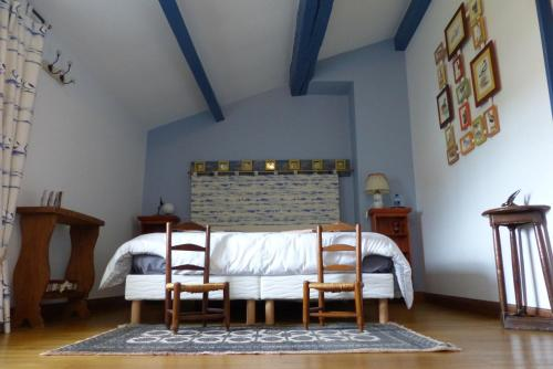 La Claverie : Bed and Breakfast near Charron