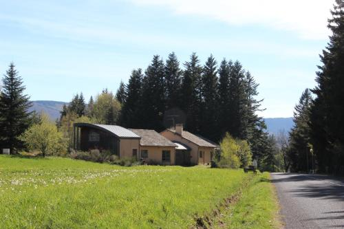 Gite Les Airelles : Bed and Breakfast near Pourcharesses