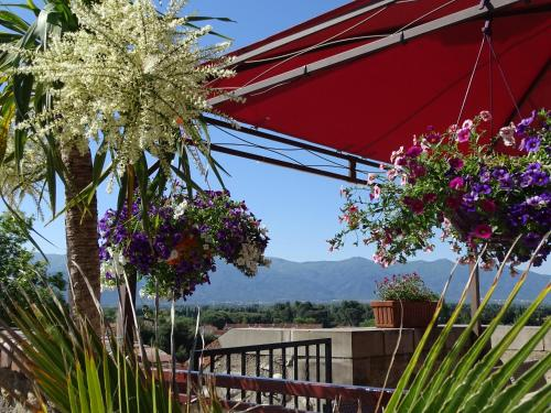 Logis Hotel Cara Sol : Hotel near Bages