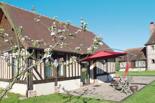 Ferienwohnung Corbon 400S : Guest accommodation near Rumesnil