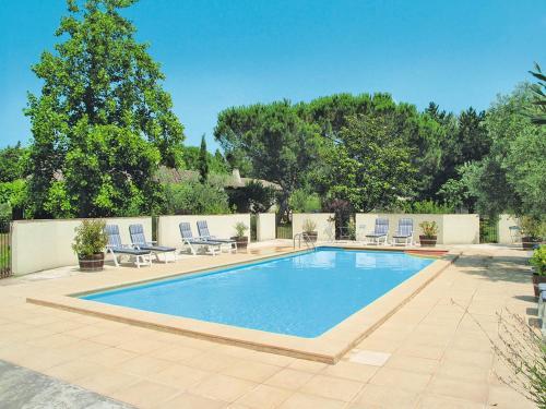 Ferienwohnung Beaucaire 100S : Apartment near Redessan