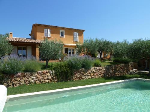 Mas de l'Olivette : Bed and Breakfast near Cotignac