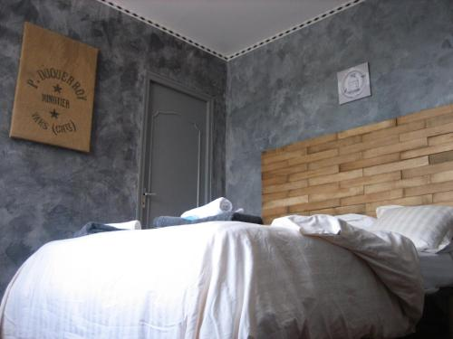 B&B Minoterie de Vars : Bed and Breakfast near Saint-Amant-de-Boixe