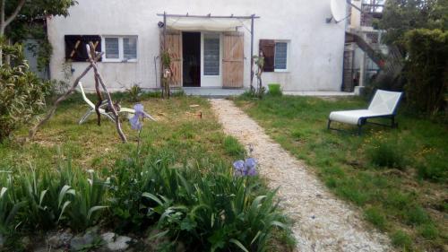 le Galinier : Guest accommodation near La Penne-sur-Huveaune