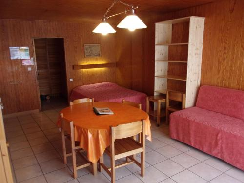 Le Champbourguet : Apartment near Saint-Donat