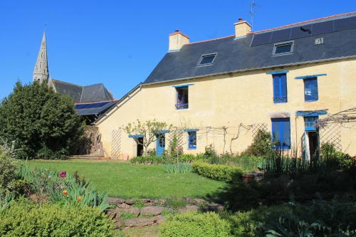 L'Ancien Presbytere : Guest accommodation near Saint-Thurial