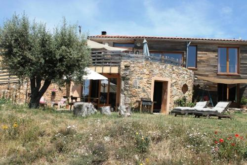 Gite Soyez : Guest accommodation near Aigues-Vives