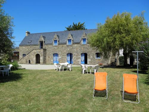 Ferienhaus Plouhinec 107S : Guest accommodation near Merlevenez