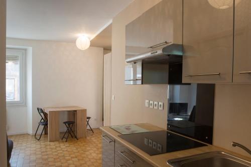 Appartement Studio Comoretto au centre de Bonneville : Apartment near Reignier-Esery